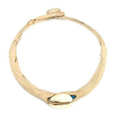 Bracelet artisanal cuir et caurie