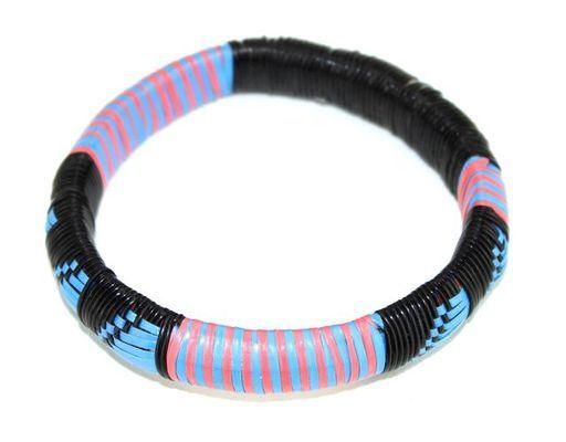 Bracelet artisanal natté