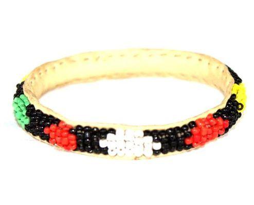 Bracelet enfant africain en perles couleurs