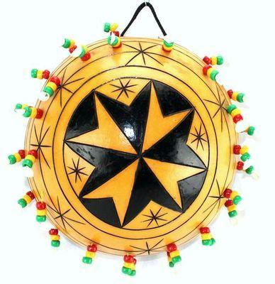 Calebasse décorée avec perles  croix CAD1