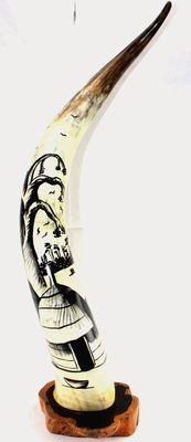Corne décorée avec socle en ébène 4134-BX-133