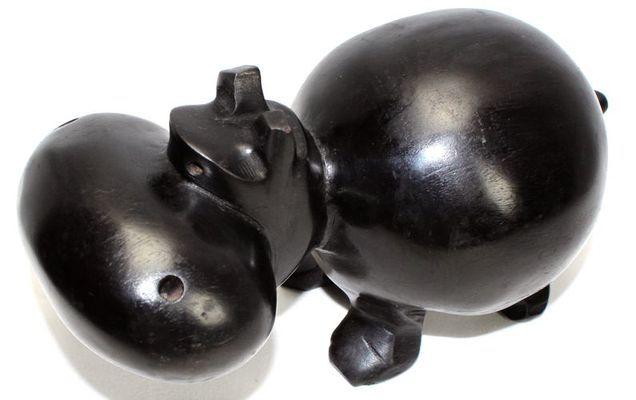 Hippopotame noir  HMN1