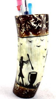 Pot à crayon en corne décorée POCRDE17