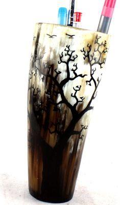 Pot à crayon en corne décorée POCRDE6