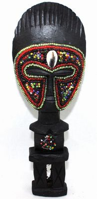Poupée ashanti avec perles 3104-AX-106