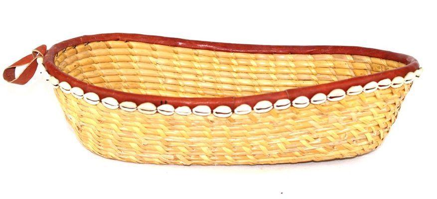Corbeille ovale en paille et cauries 7309-L2C-2403